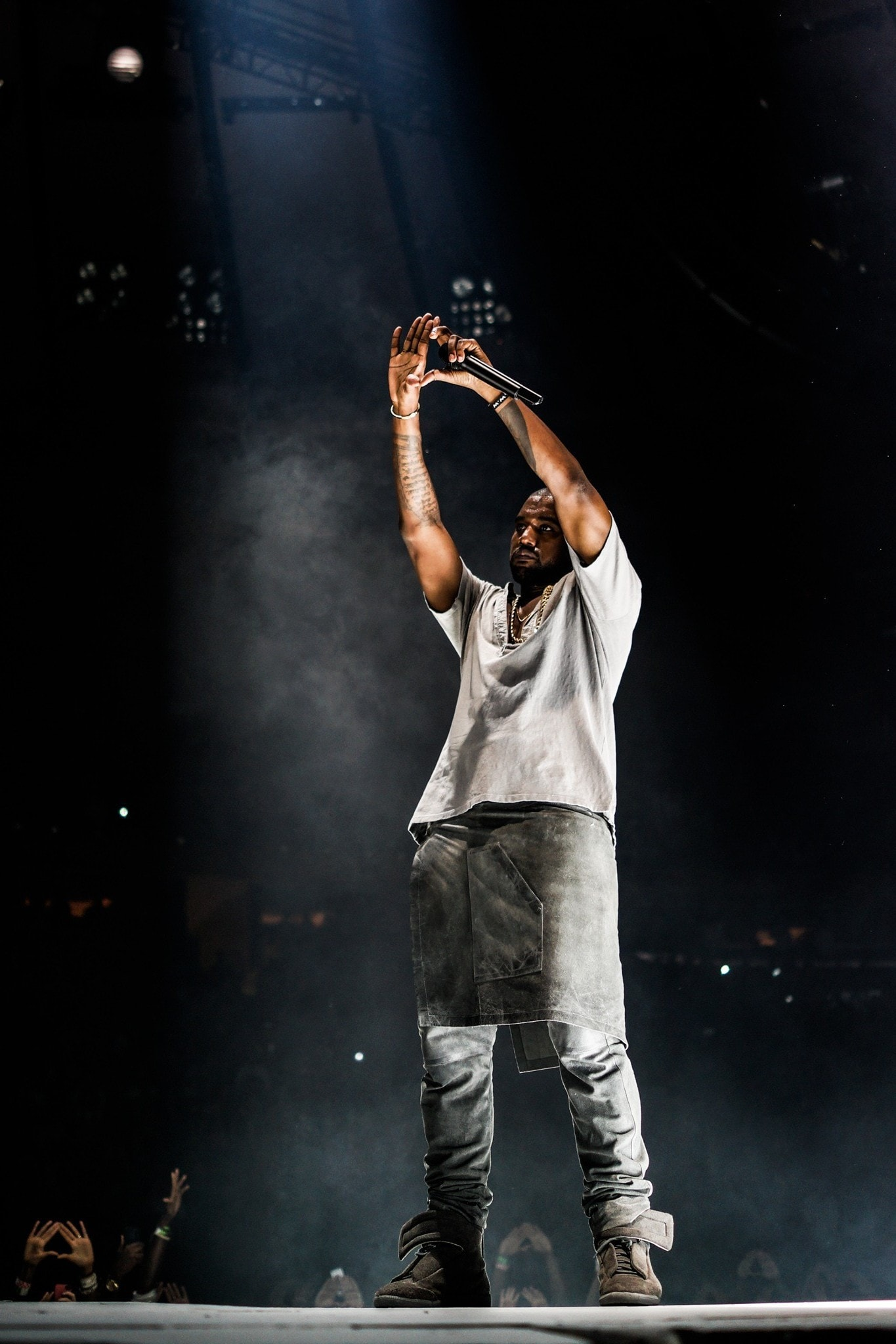 Kanye West Iphone Wallpaper Kolpaper Awesome Free Hd Wallpapers
