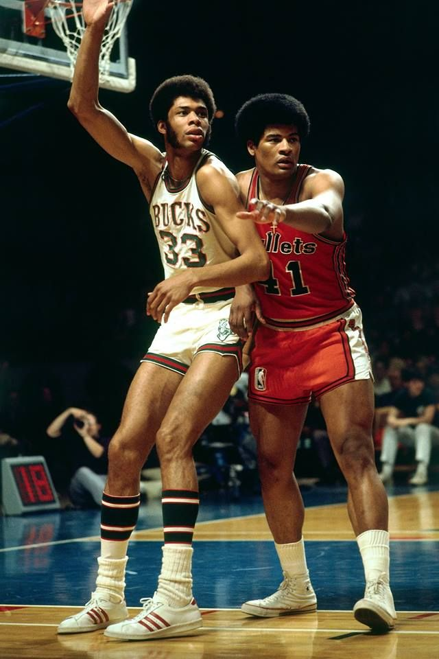 Wes Unseld and Kareem Wallpaper