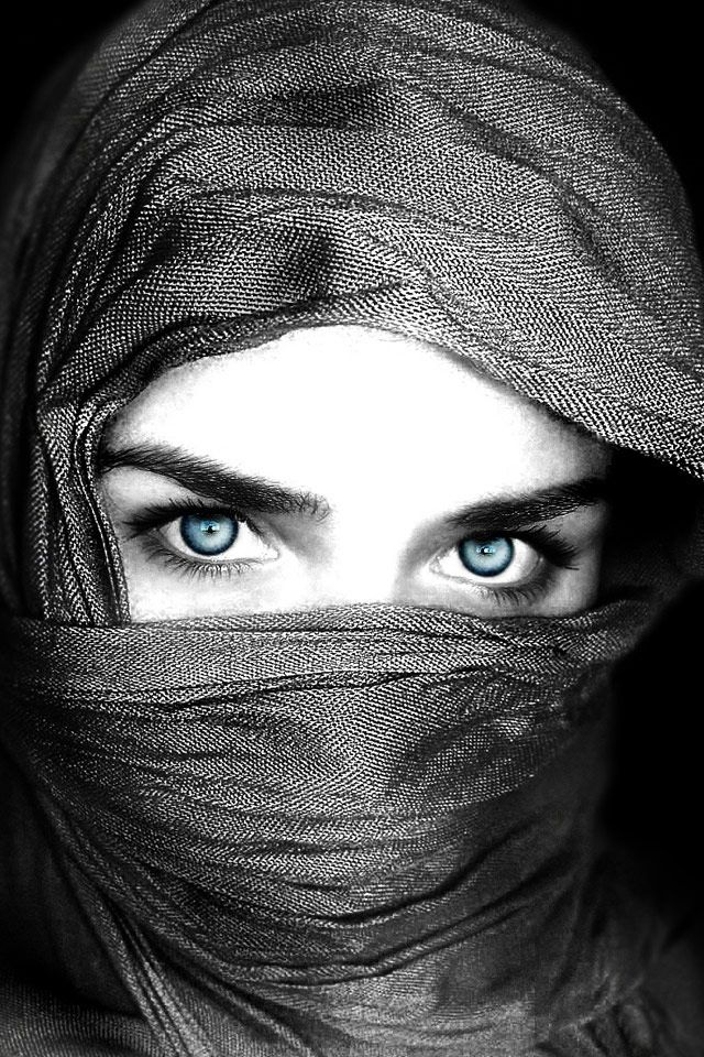 Blue Eyes Girl Iphone Wallpapers Kolpaper Awesome Free Hd Wallpapers