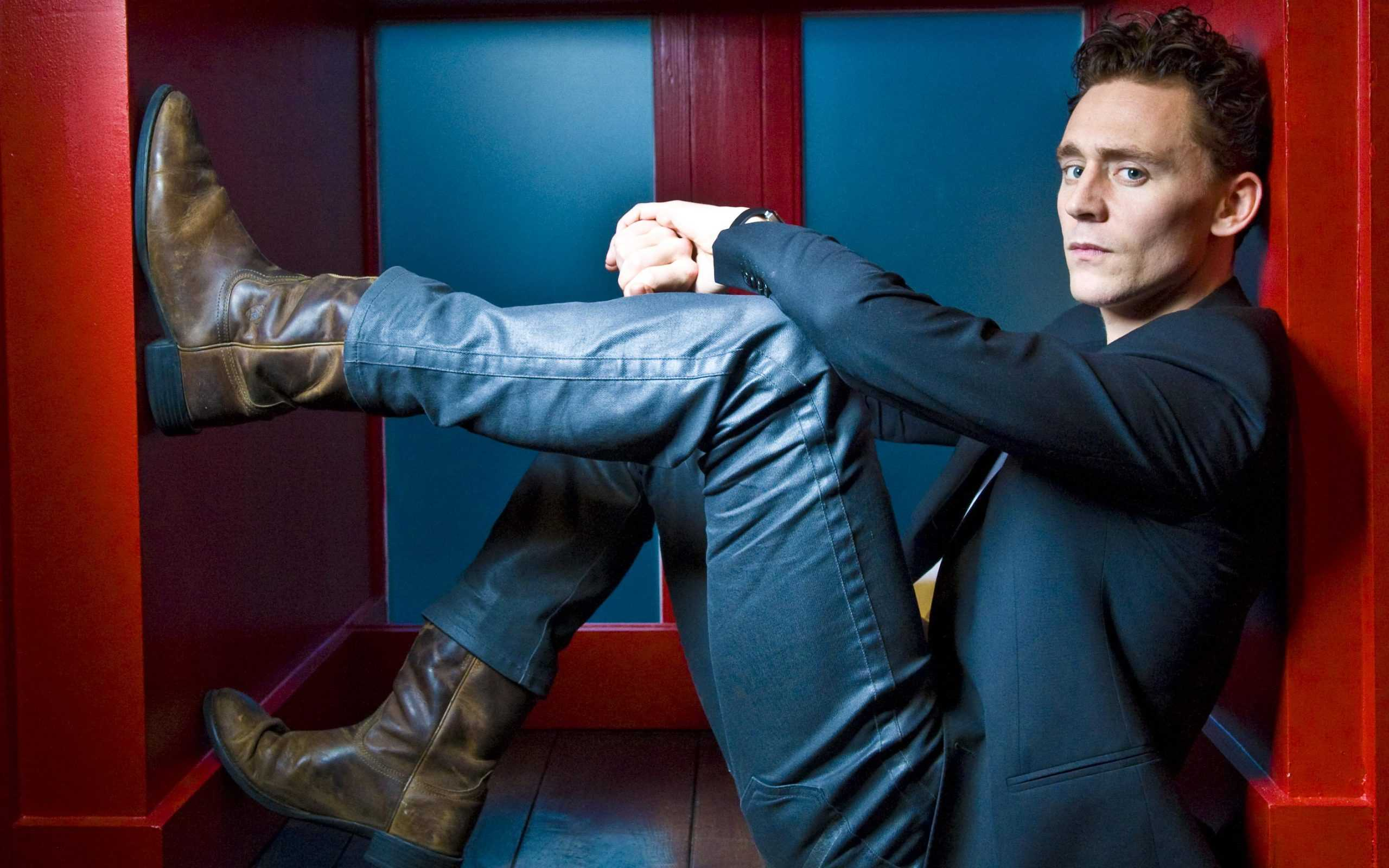 Tom Hiddleston Wallpapers 1